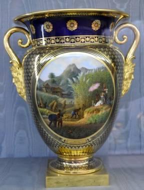 vase manufactures de Sèvres